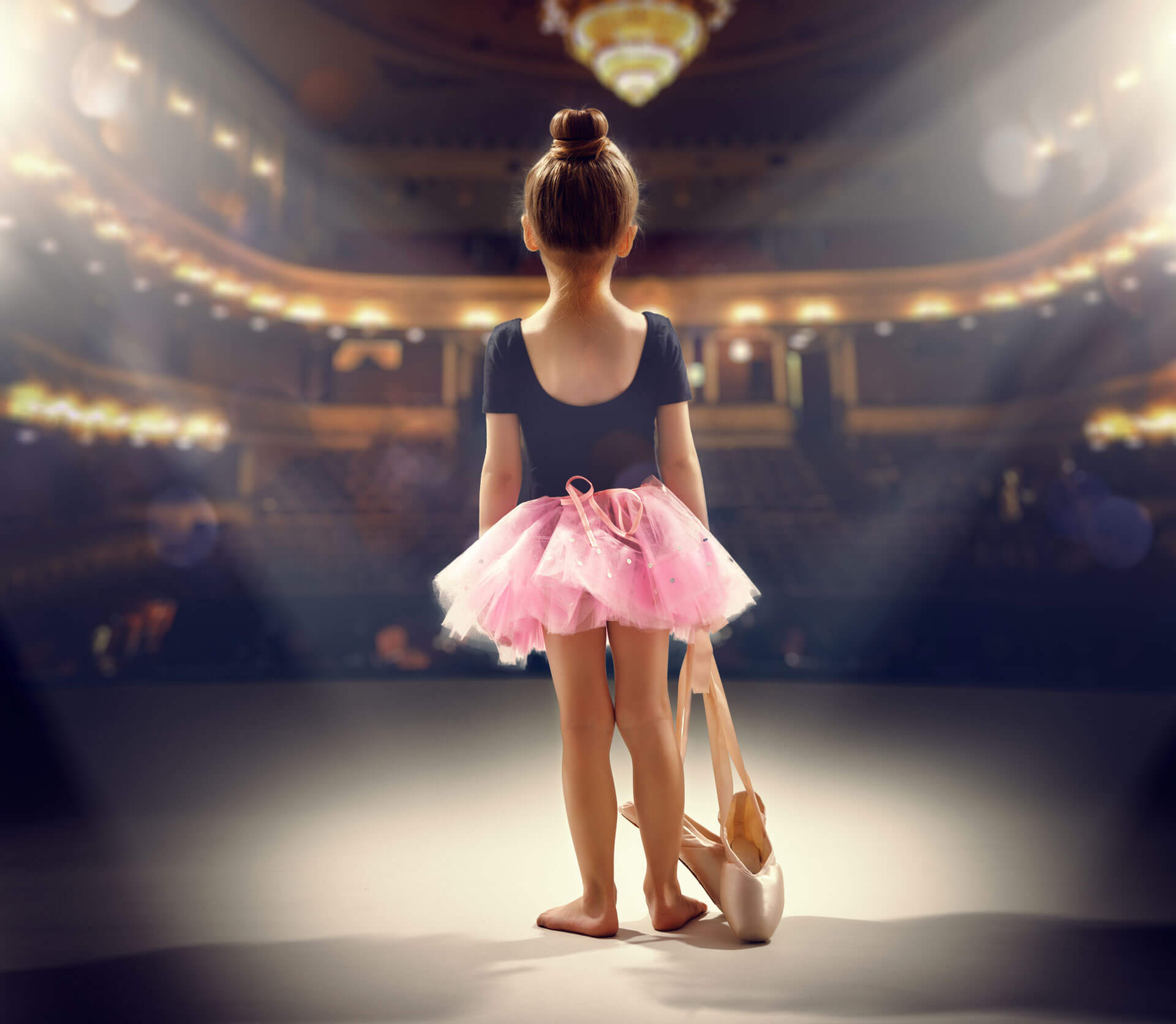 PreDancer-on-stage-with-pointe-shoes